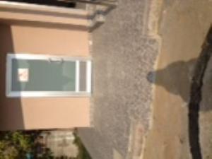 WC girişine yapılan rampa kısa olduğunda engelliye zor anlar yaşatacaktır.